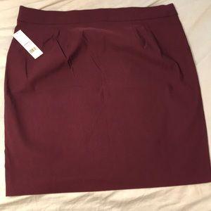 Elle purple pencil skirt
